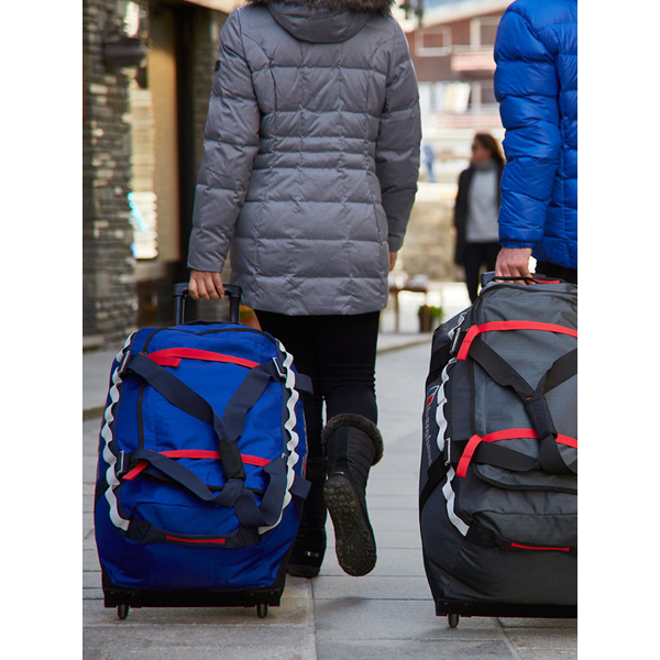 Equipment Berghaus MULE 2® 80 WHEELED HOLDALL INTENSE BLUE/EXTREM RED Outlet Online